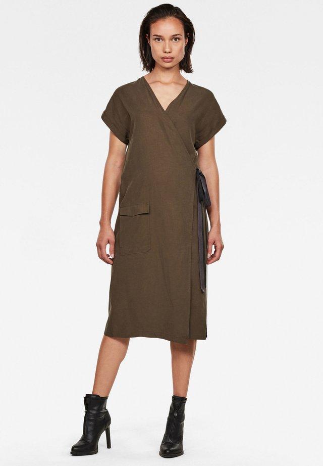 WRAP - Denní šaty - dk smoke green