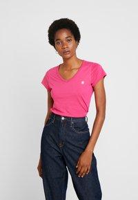 G-Star - EYBEN SLIM V T  S/S - Jednoduché triko - bright rebel pink - 0