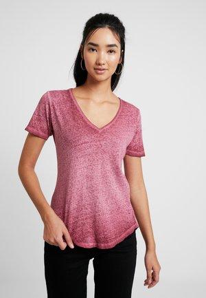 MYSID OPTIC SLIM - T-shirt med print - port red