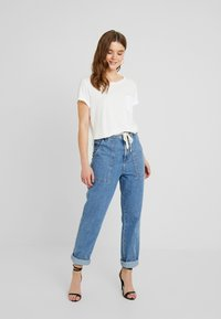 G-Star - CAIRN LOOSE - T-shirts - milk - 1