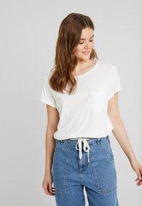 G-Star - CAIRN LOOSE - T-shirts - milk - 0