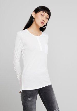 MYSID OPTIC SLIM GRANDDAD T WMN L\S - Long sleeved top - milk