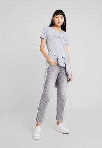 G-Star - GRAPHIC OPTIC SLIM - Print T-shirt - grey heather - 1