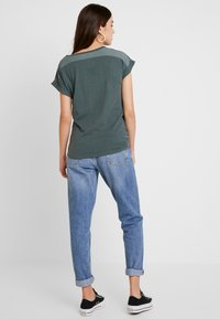 G-Star - CAPER KNOTTED - T-shirt med print - balsam/black - 2