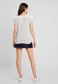 G-Star - CAPER KNOTTED - T-shirts med print - milk/black - 2