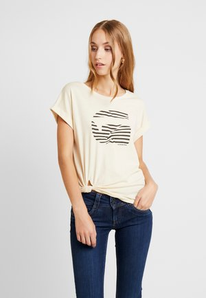 GRAPHIC 23 CAPER KNOTTED - T-shirts print - milk