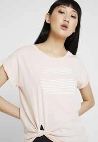 G-Star - GRAPHIC 23 CAPER KNOTTED - T-shirts med print - rose - 3