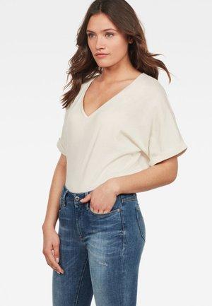 JOOSA - T-shirt basic - beige