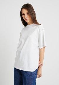 G-Star - DISEM - T-shirt - bas - white - 0