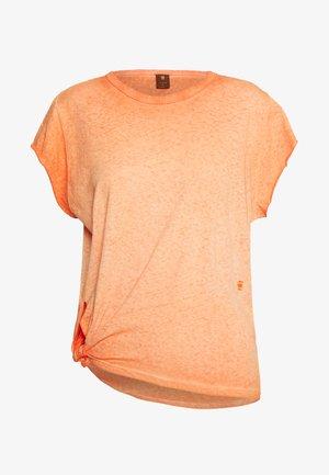 GYRE KNOT CAP - T-shirt basic - jaffa