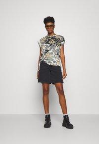 G-Star - GYRE AO KNOT R T WMN CAP SL - Print T-shirt - khaki/olive - 1