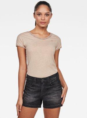 EYBEN - Basic T-shirt - lt skin gd