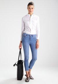 G-Star - CORE SLIM SHIRT  L/S - Overhemdblouse - white - 1