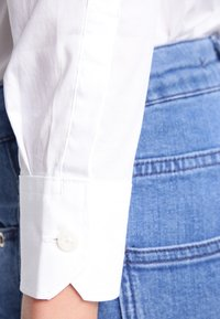 G-Star - CORE SLIM SHIRT  L/S - Overhemdblouse - white - 4