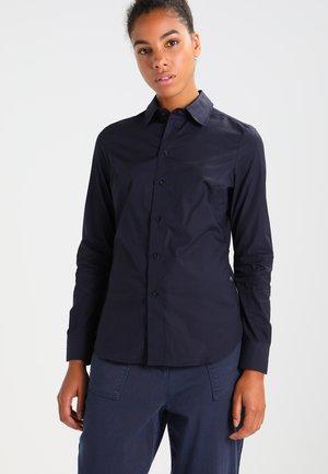 CORE 3D SLIM SHIRT  L/S - Button-down blouse - mazarine blue