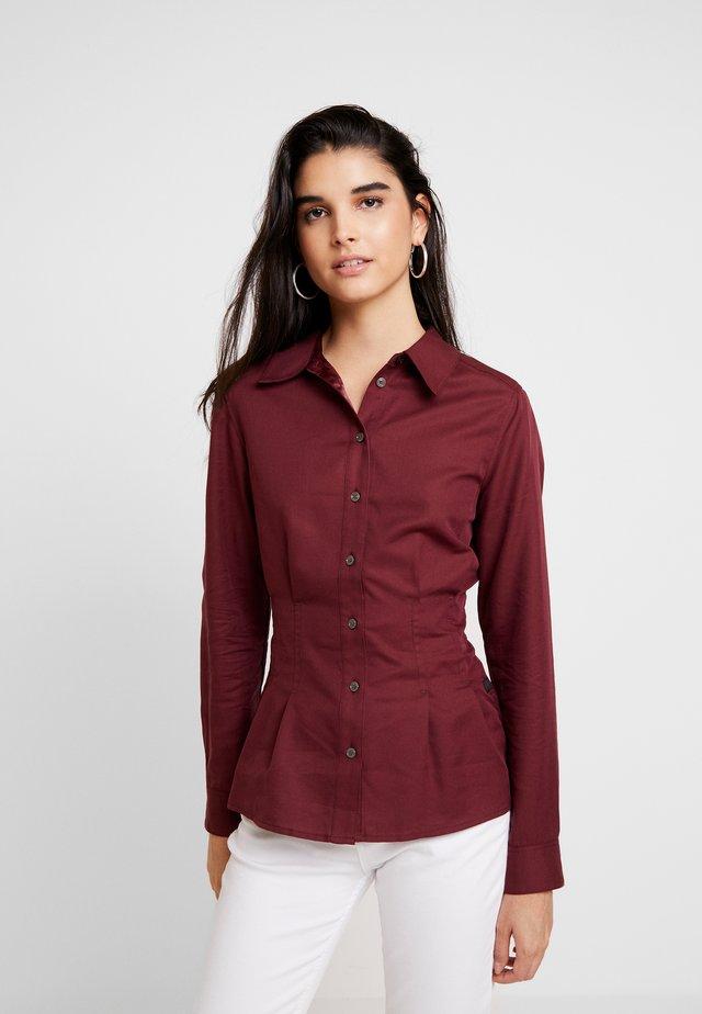 SYENITE SLIM - Camisa - bordeaux