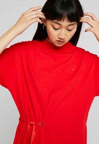 G-Star - DISEM LOOSE R T WMN S/S - T-shirt med print - acid red - 3