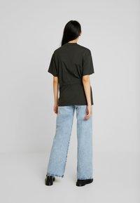 G-Star - DISEM LOOSE R T WMN S/S - Print T-shirt - asfalt - 2