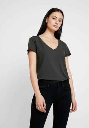 GRAPHIC 2 V T WMN S\S - Camiseta básica - asfalt