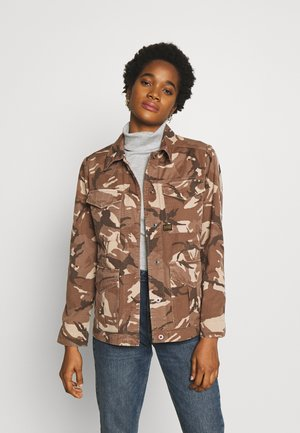 ROVIC FIELD OVERSHIRT - Blouse - soft taupe/chocolate berry ao