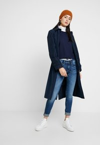 G-Star - NOSTELLE CROPPED - Sweatshirt - sartho blue/milk - 1