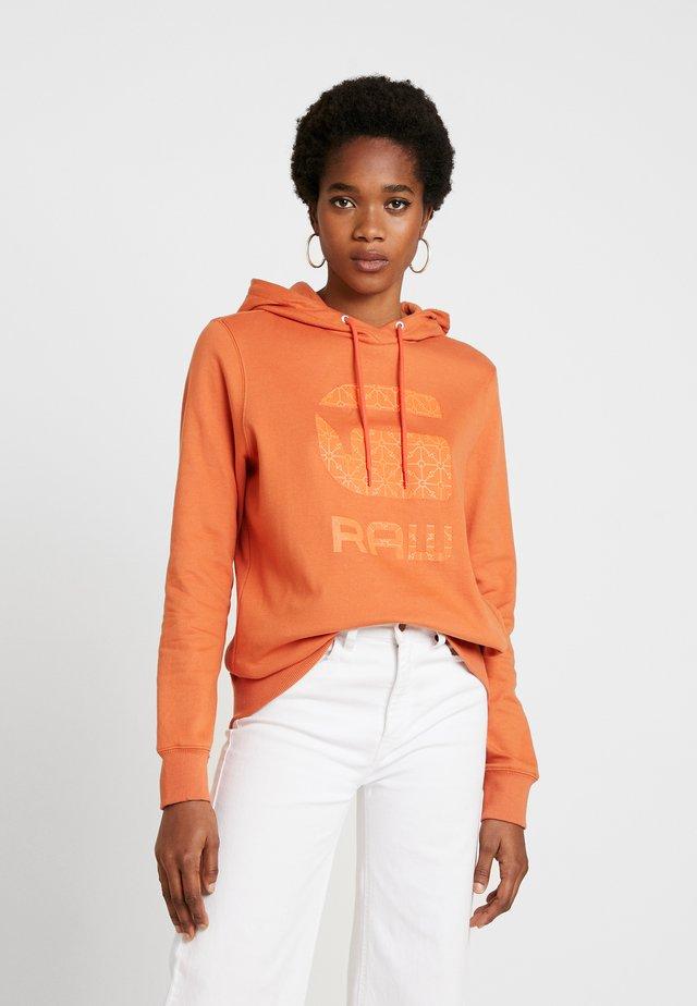 BOYFRIEND TONE - Jersey con capucha - dusty royal orange