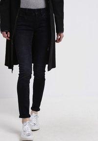 G-Star - LYNN MID SKINNY - Jeans Skinny Fit - joll superstretch - 3