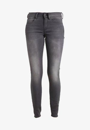 3301 MID SKINNY WMN - Jeans Skinny Fit - slander grey superstretch