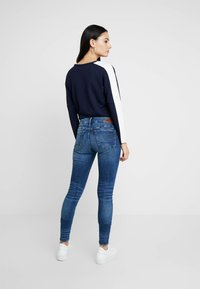 G-Star - 3301 MID SKINNY WMN - Skinny džíny - faded indigo destroyed - 2