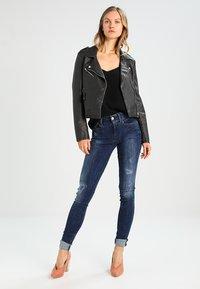 G-Star - LYNN MID SUPER SKINNY  - Jeans Skinny Fit - trender ultimate stretch denim - 2