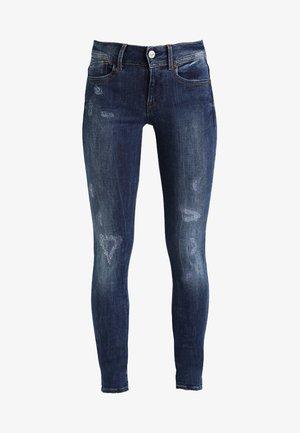 LYNN MID SUPER SKINNY  - Jeans Skinny Fit - trender ultimate stretch denim