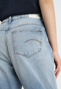 G-Star - MIDGE HIGH BOYFRIEND - Relaxed fit jeans - lt aged restored 211 - 6