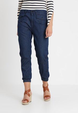 ARMY RADAR LOOSE SPORT WMN - Jeans relaxed fit - rinsed
