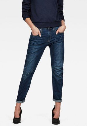 ARC 3D LOW BOYFRIEND - Relaxed fit jeans - blue denim