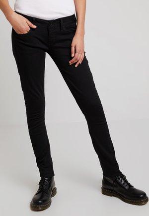 3301 DECONST LOW SKINNY - Jeans Skinny Fit - ita black superstretch