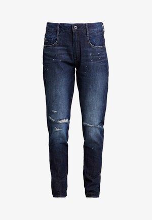 RADAR MID BOYFRIEND TAPERED WMN - Relaxed fit jeans - sato denim