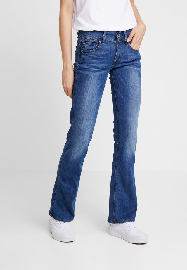 MIDGE MID BOOTCUT   - Bootcut jeans - faded blue