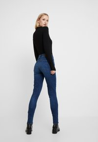 G-Star - 3301 HIGH SKINNY - Jeans Skinny Fit - medium blue aged - 2