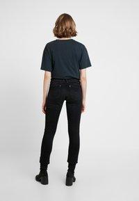 G-Star - LYNN MID SKINNY WMN - Jeans Skinny Fit - dusty grey - 2