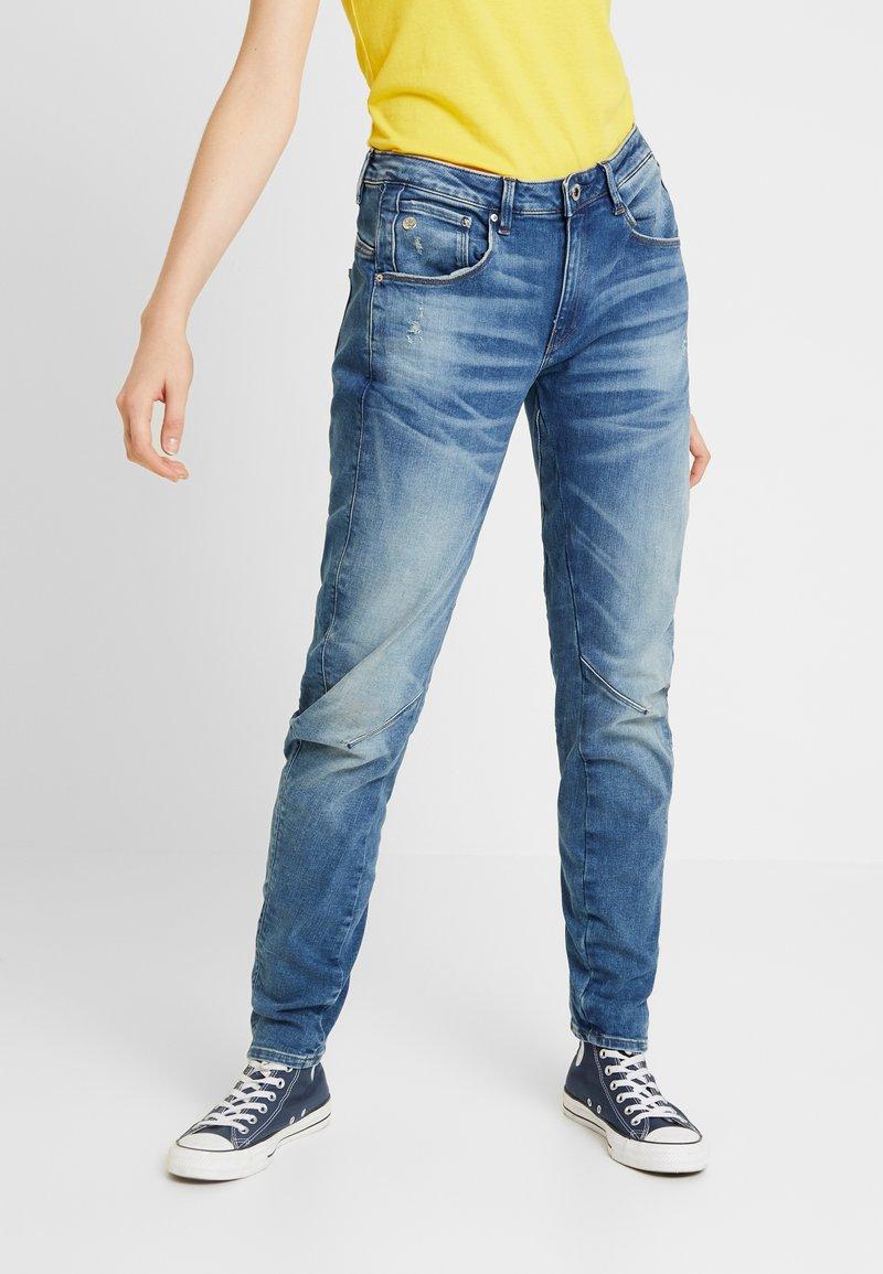 G-Star - ARC 3D LOW BOYFRIEND WMN - Jeans Relaxed Fit - vintage azure