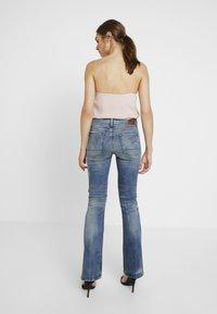 G-Star - 3301 HIGH FLARE - Flared jeans - medium aged - 2