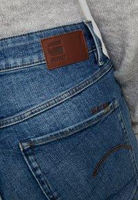 G-Star - NAVIK HIGH SLIM ANKLE - Jeans slim fit - authentic blue - 5