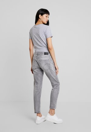 KATE BOYFRIEND - Relaxed fit -farkut - dusty grey