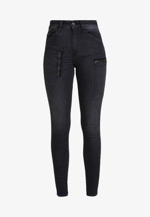 SHAPE POWEL HIGH - Jeans Skinny Fit - faded black