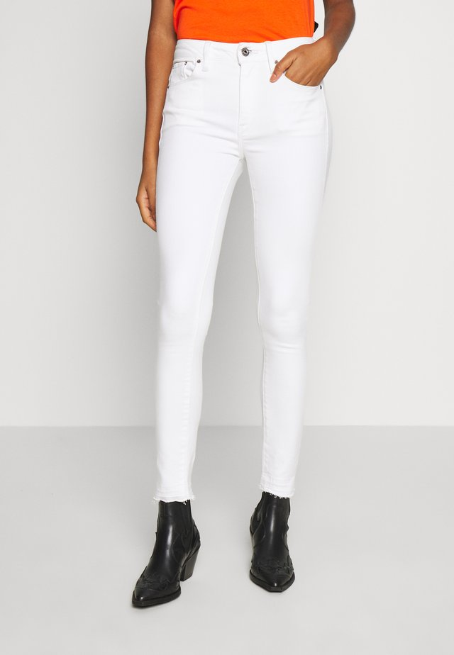 HIGH SKINNY RIPPED ANKLE - Vaqueros pitillo - white