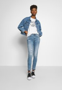 G-Star - HIGH SKINNY RIPPED ANKLE - Jeans Skinny Fit - vintage ripped sky - 1