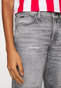 G-Star - KATE BOYFRIEND - Jeansy Relaxed Fit - grey denim - 4