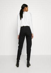 G-Star - ARC 3D LOW BOYFRIEND - Jeans Tapered Fit - nero black/denim jet black - 2