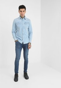 G-Star - 3301 SLIM SHIRT L\S - Skjorta - light aged - 1