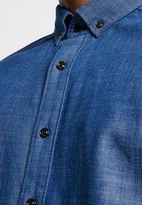 G-Star - STALT SLIM BUTTON DOWN POCKET - Shirt - rinsed - 4